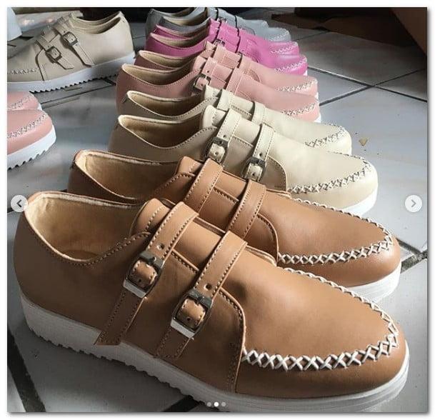 Pesan Sepatu Custom