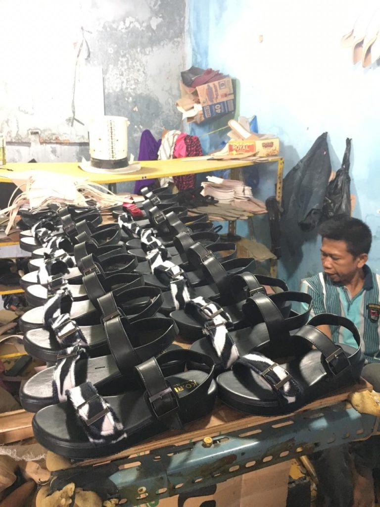 Produsen Sandal Wedges
