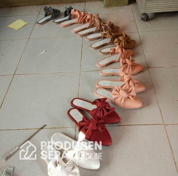 Ribbon Mule Shoes Proses Finishing