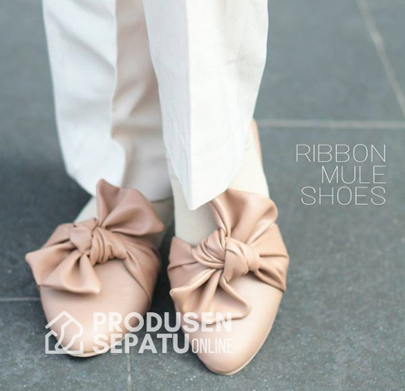 Ribbon mule shoes sepatu selop wanita motif pita lucu