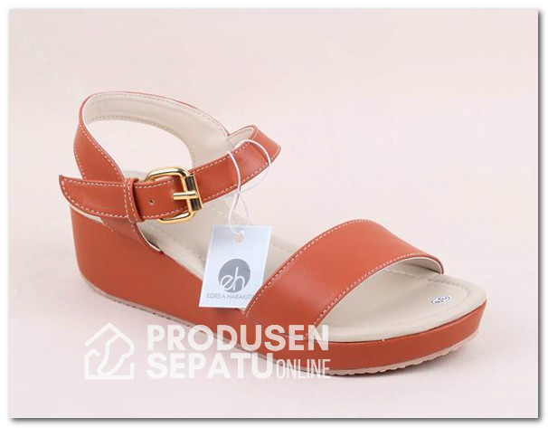 Sendal Wedges Simple Cantik Warna Coklat