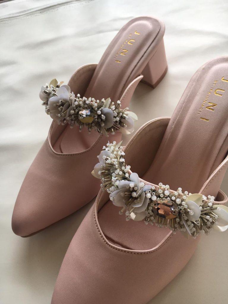 Sepatu Cantik Custom Merk Sendiri