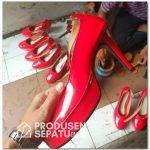 Sepatu Highheels Merah untuk Wanita
