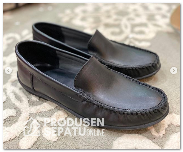 Sepatu Kerja Laki-laki