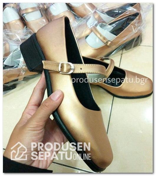 Sepatu PDL Seragam Kerja Wanita Warna Emas
