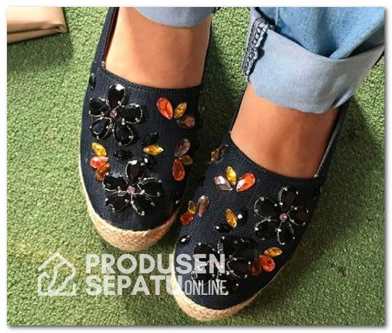 Sepatu Payet Wanita