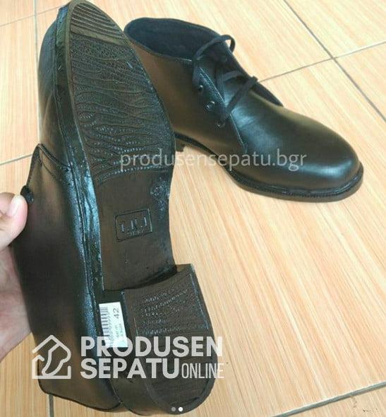 Sepatu Seragam PDH SMK Depok