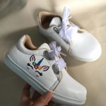 Sepatu Sneakers Wanita Desain Sendiri
