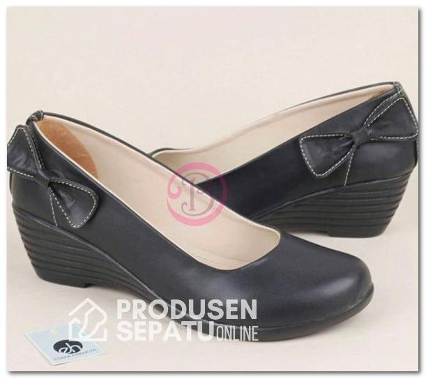 Sepatu Wedges Wanita Custom