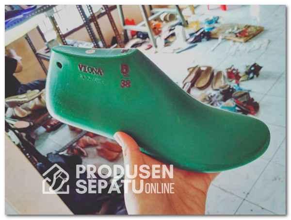 Shoelast Plastik Molding
