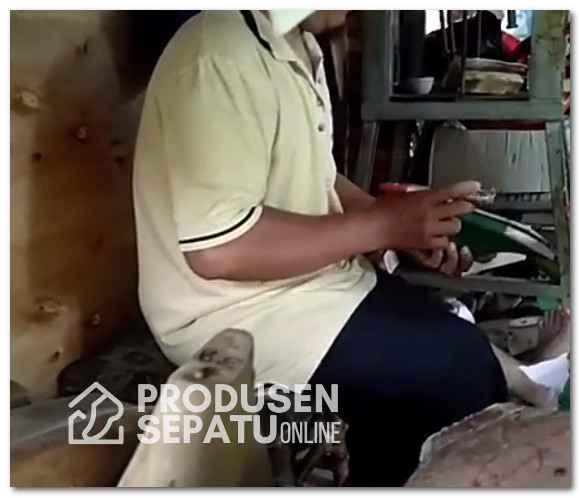 Vendor Sepatu Lokal