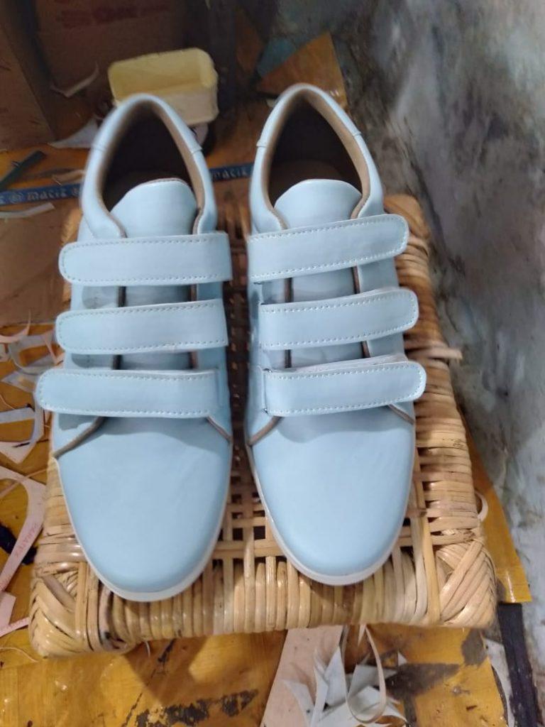 Berbisnis Sepatu Merk Sendiri