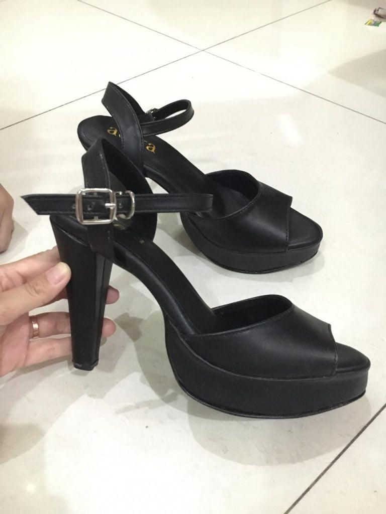 Sepatu Hak Cone Hitam Anak muda