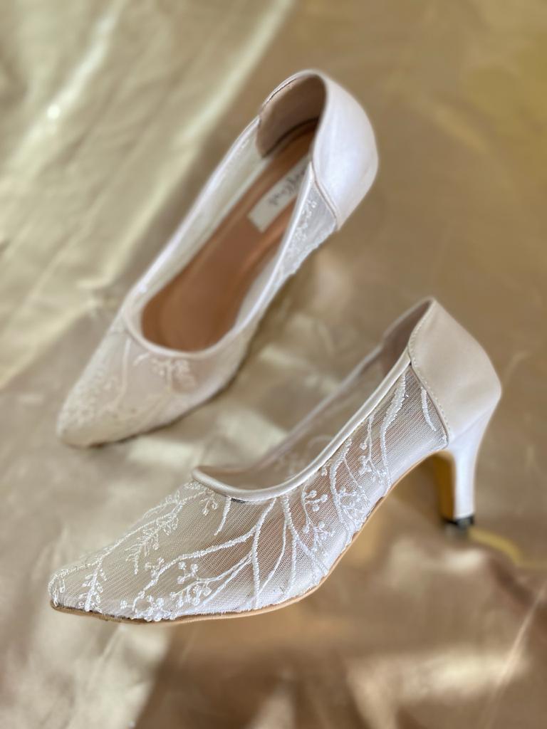 Sepatu High Heels Merk Sendiri Anak muda